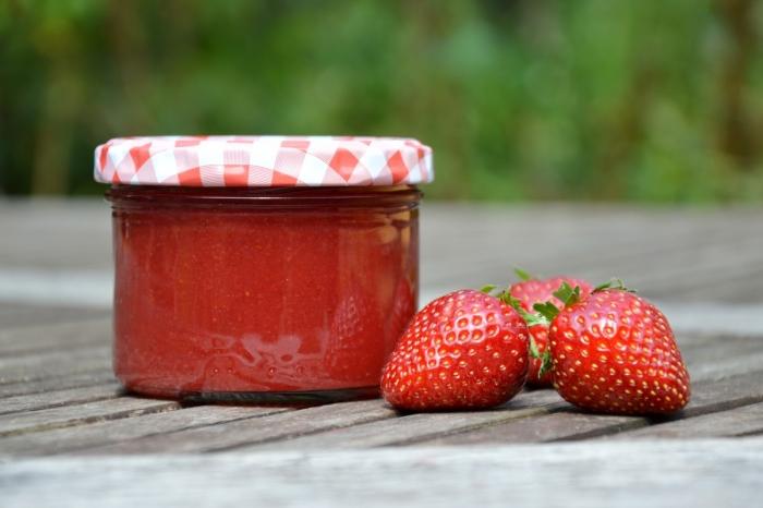 Erdbeer_Fruchtaufstrich vom Hof Domanja